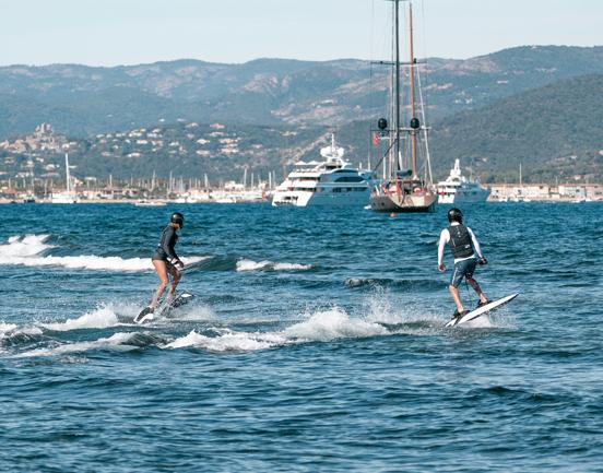 Awake-rävik-electric-Surfboard-surfboard