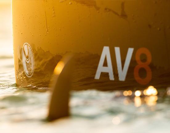 cabrinha-av8-kiteboard-meer